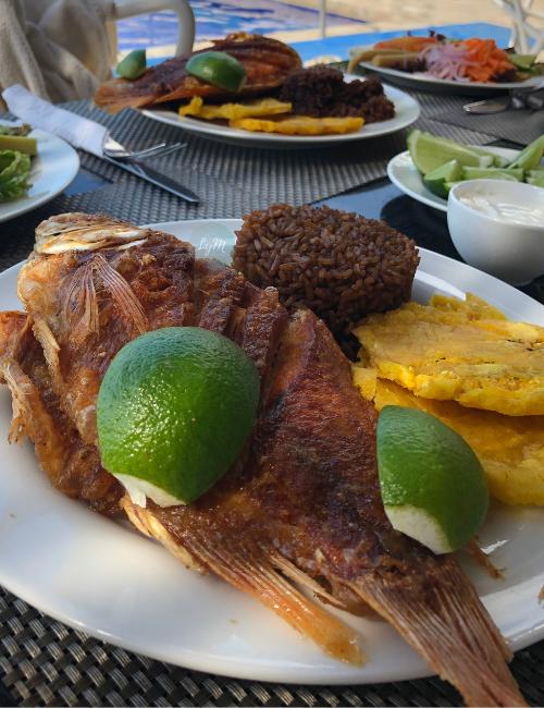 pescado - plato tipico